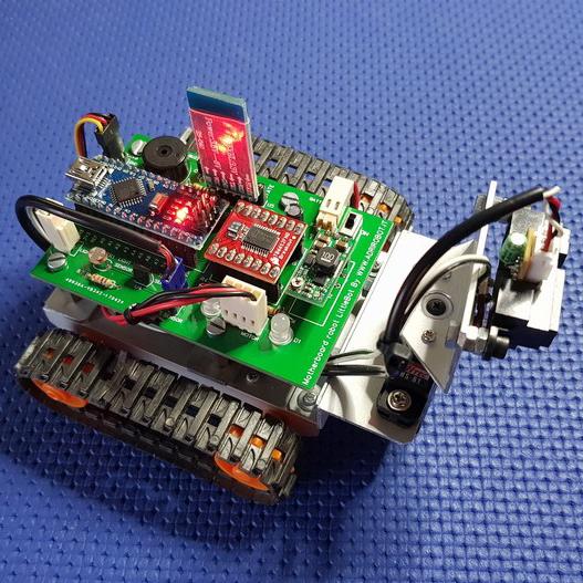 costruzione robot cingolato