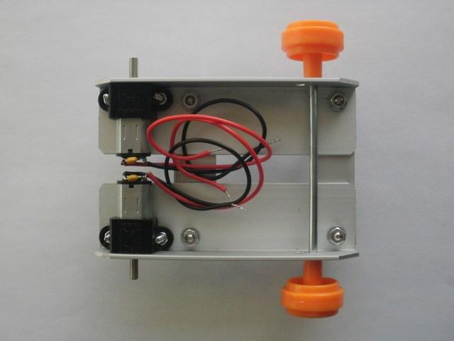 Robot LittleBOT Montaggio 07