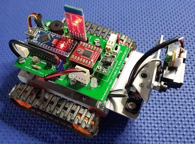 Robot LittleBOT - by adrirobot
