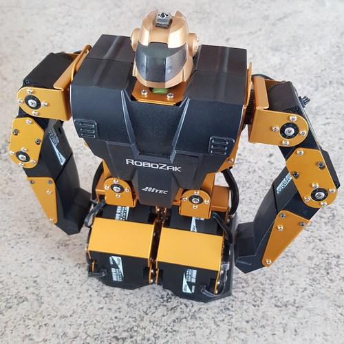 robot componenti fascicoli edicola